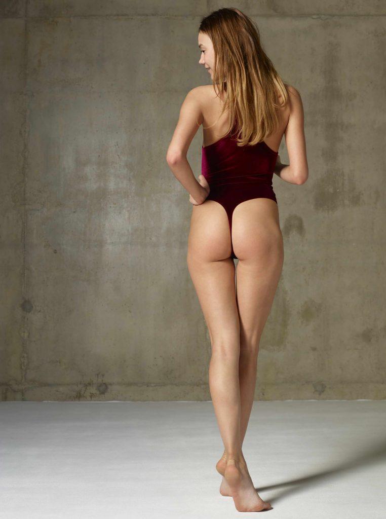 Hot Ass Of Brunette - Escorts Of Surrey